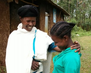 HIS 4 Lakesh and mother Ethiopia EWH 19 Nov 15 - cropped